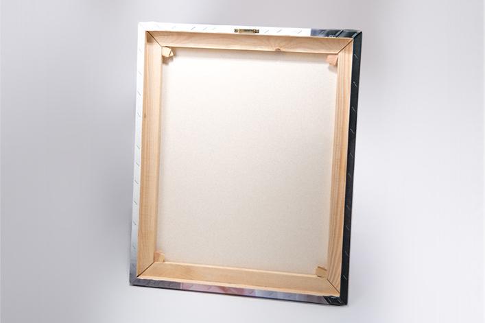 canvas121718240